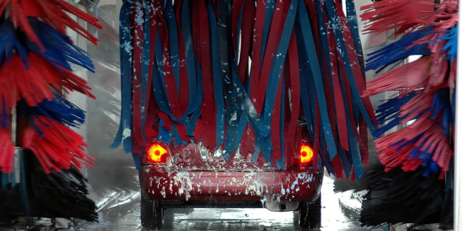 lavado a maquina de vehiculo